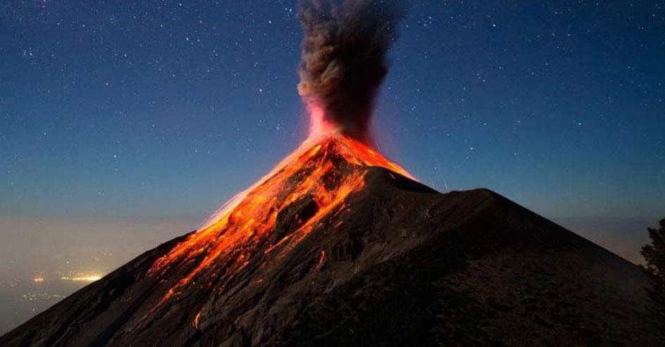 scuola esperimento vulcano alunni